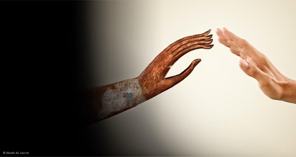 http://www.louvre.fr/le-louvre-raconte-aux-enfants#tabs