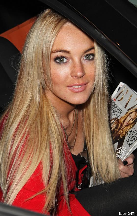 Lindsay Lohan no Clothes