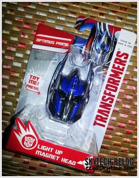 WW - Optimus Prime Light Up Magnet Head Edisi Terhad