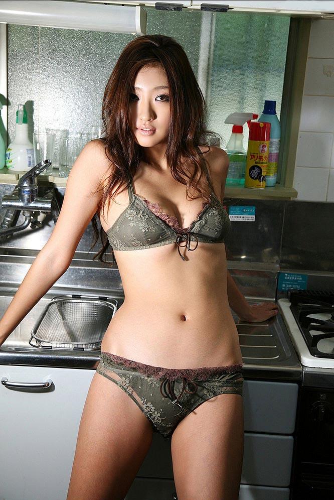 sayaka ando sexy bikini photos 04