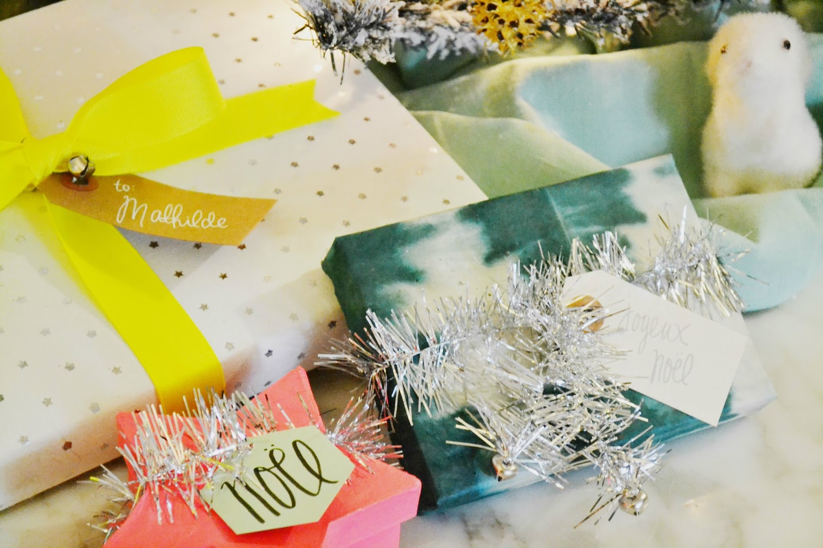 gift wrap ideas, neon, silver, teal, paper source, tinsel, stars, woodland animal