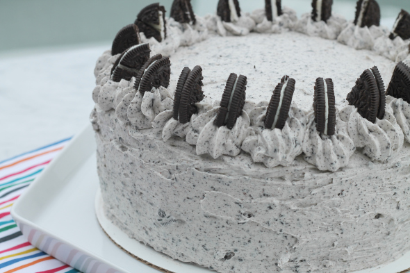 Chocolate Oreo Cake Recipe - a decadent dessert to celebrate any occasion