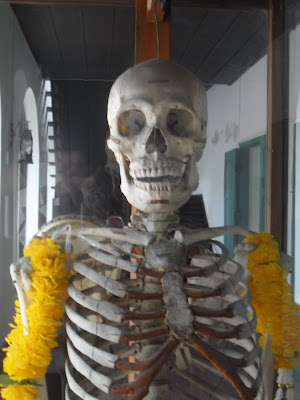uncle-tow-donated-body-skeleton-corrections-museum-bangkok-thailand.JPG