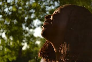 Germaine Kobo - auteur compositeur chanteuse - chanson française métissée worldmusic