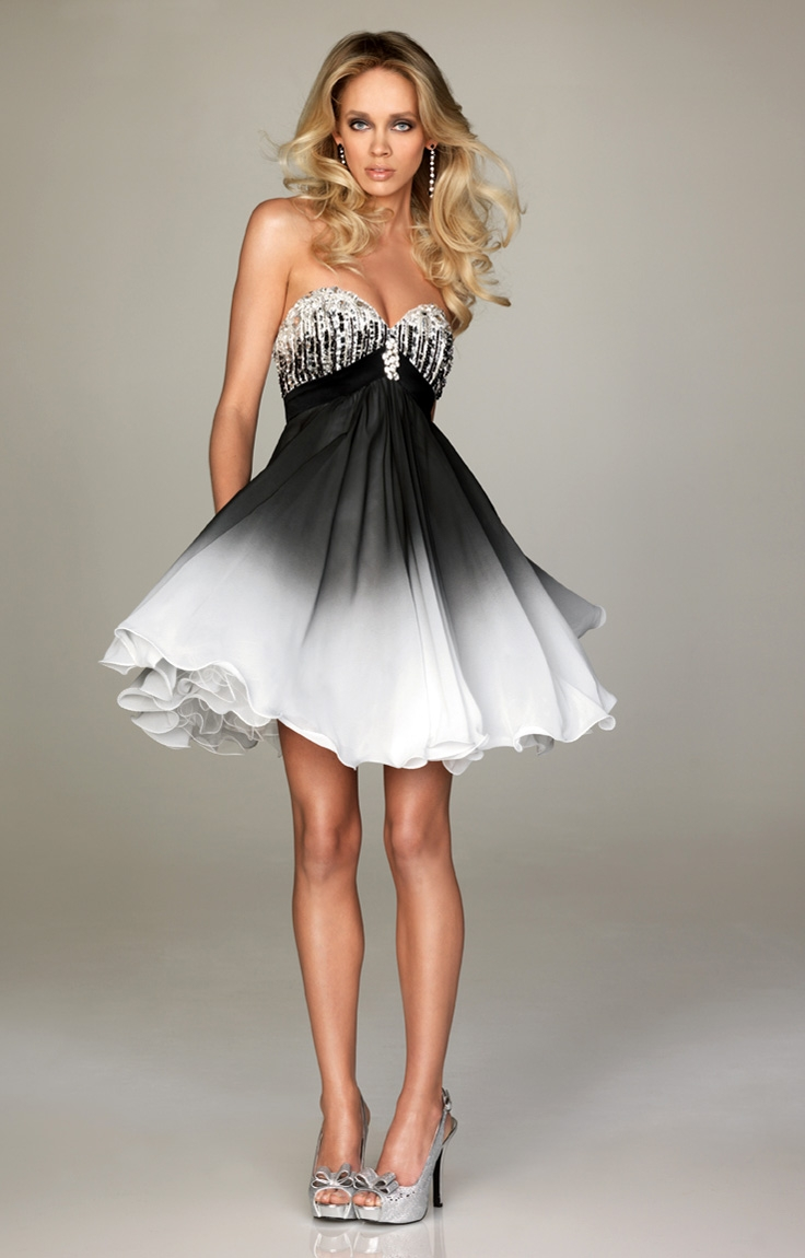 White And Black Wedding Gowns Bridal Short Dresses For
