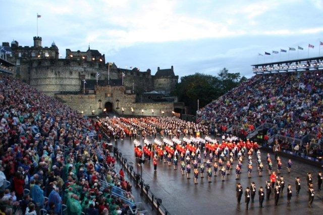 The Royal Edinburgh Military Tattoo en el Castillo de Edimburgo 2011