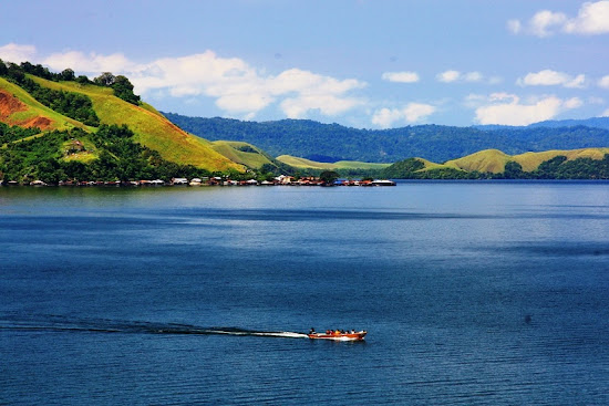 Sentani Lake, Jayapura, Papua province, Indonesia. AeroTourismZone
