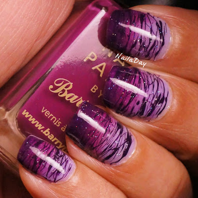 NailaDay: Barry M Purple Gradient with Sugar Spun lines