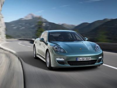 New-Porsche-Panamera-Diesel-2012-Front-View