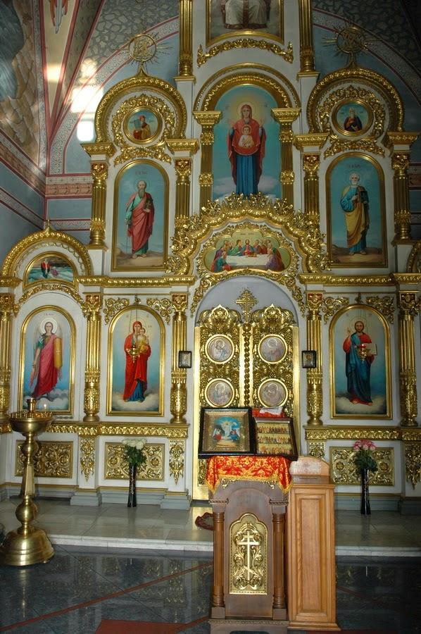 иконостас в Храме Николая Чудотворца