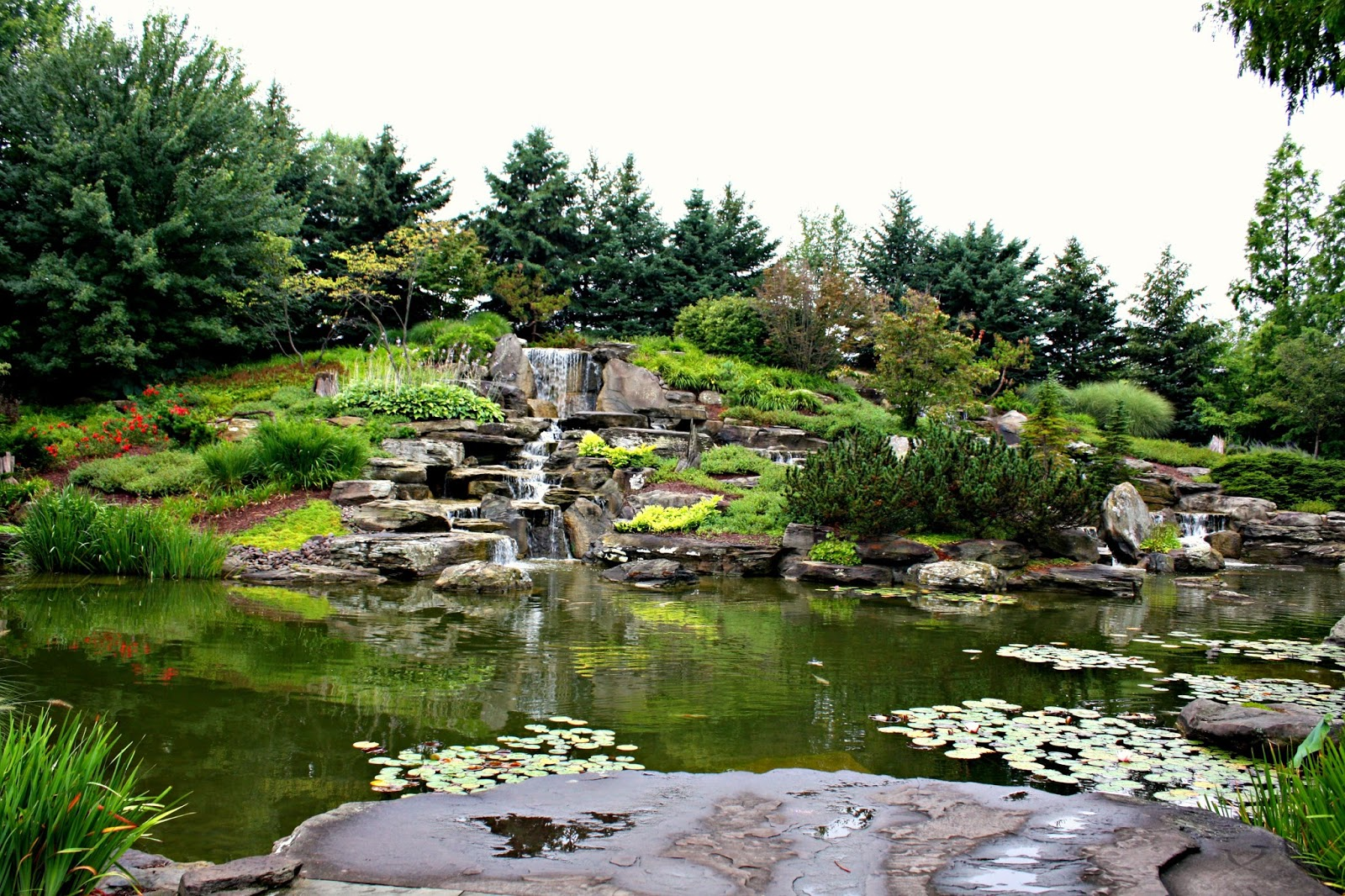 A little time and a keyboard capturing serenity at Frederik meijer gardens