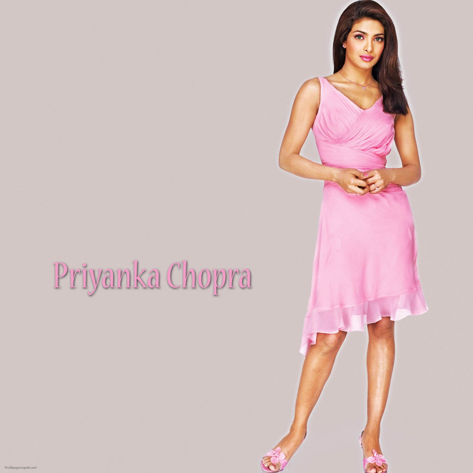 http://4.bp.blogspot.com/-az9hiCAqmg0/TuOVT-qjrZI/AAAAAAAAC_c/IDA_NYj_E6Q/s1600/Don2_Priyanka_chopra_wallpapers_dance.jpg