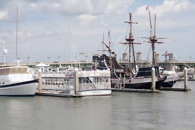 Carabela estilo Drake en el el puerto de San Agustin, Florida
