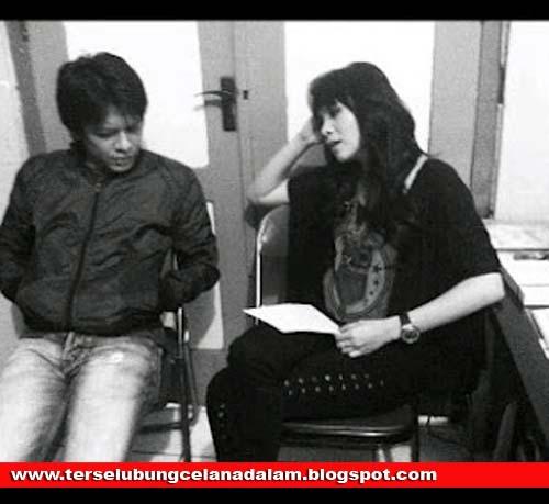 Foto Mesra Ariel Peterpan dan momo Geisha