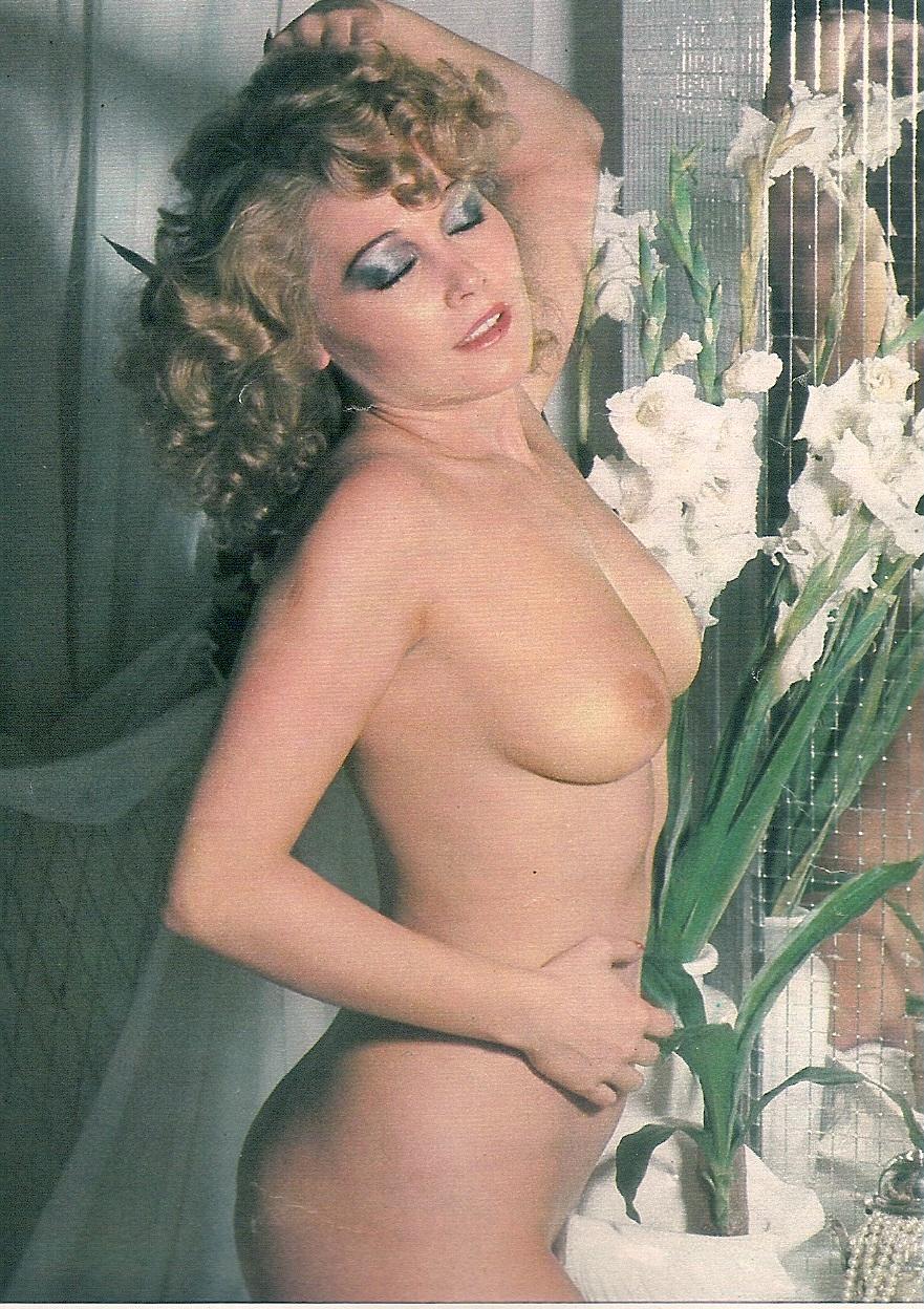 Kristina Rose Fotos, galeras de fotos y fotos de desnudos