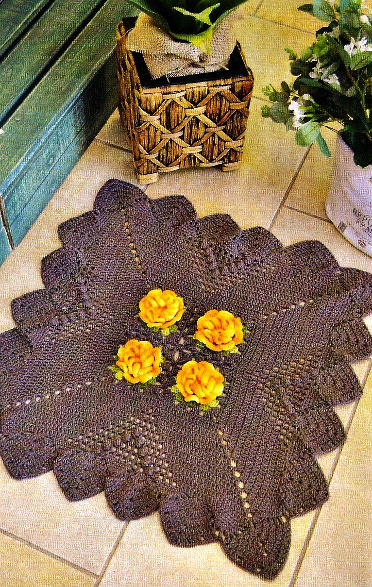 croche com receita tapete em croche quadrado floral. Black Bedroom Furniture Sets. Home Design Ideas
