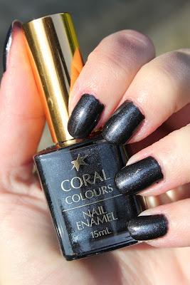 http://lacquediction.blogspot.de/2013/06/coral-colours-black-sateen.html