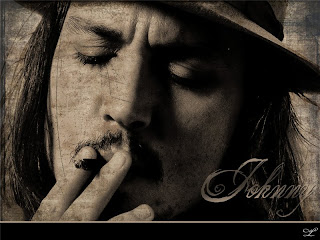 Джонни курит