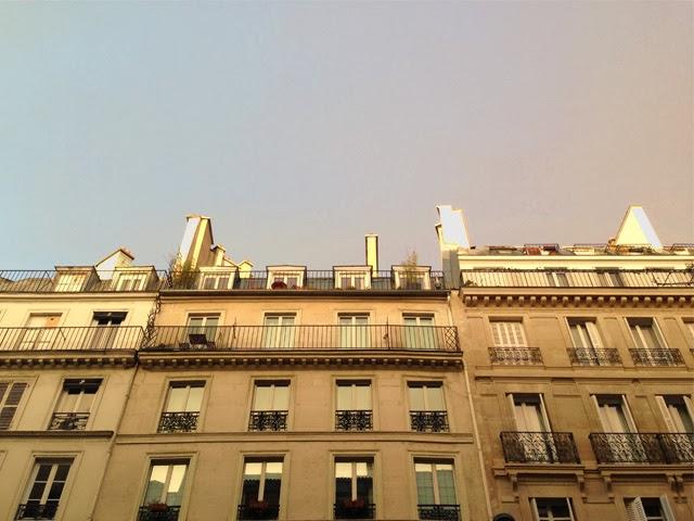 Photo Paris sous la pluie, rue Cadet
