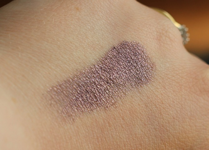 Giorgio Armani single eye shadow swatched