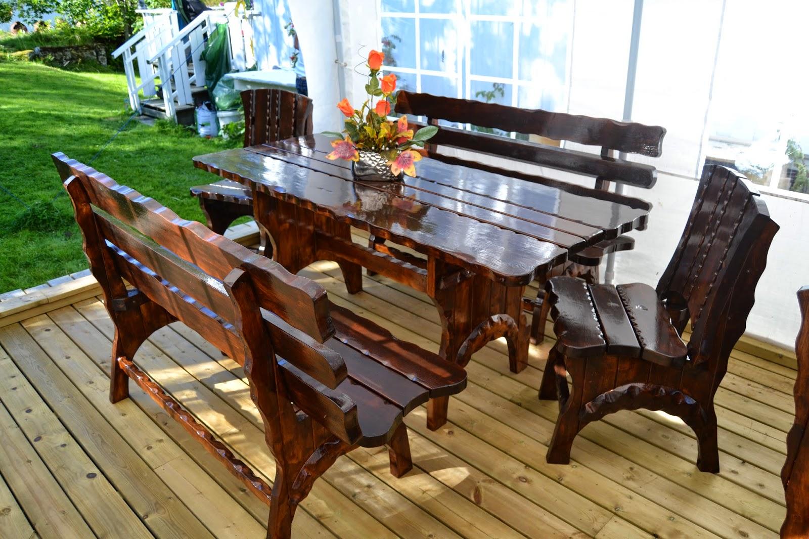 terrassemøbler i tre