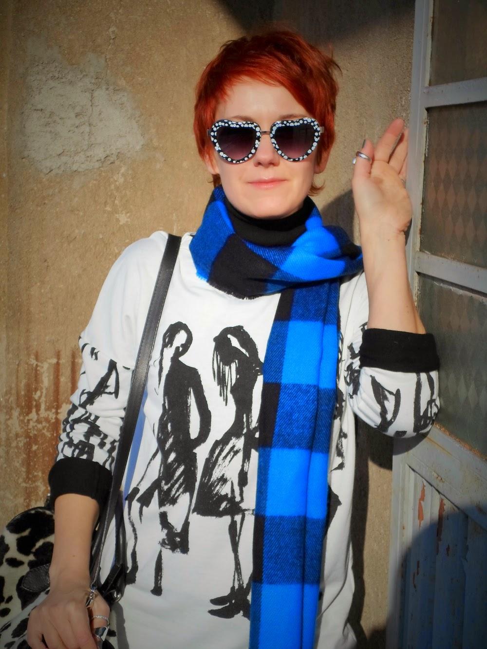 graffiti sweater, buffalo plaid scarf,  heart shape sunglasses - Gotta Kiss Myself I'm So Pretty | Funky Jungle