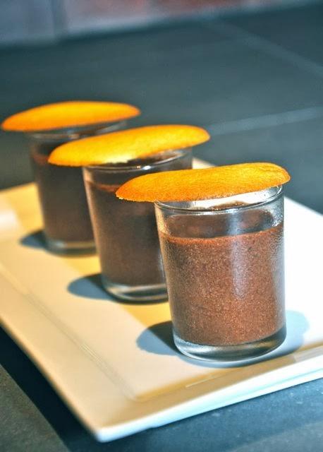 Ma tambouille a singapour ma premi re mousse au chocolat for Mousse au chocolat pierre herme
