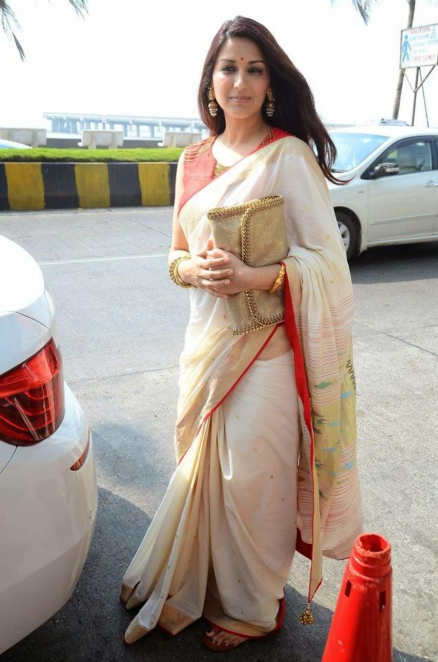 Sonali Bendre & Gayatri Joshi Snapped at a Wedding
