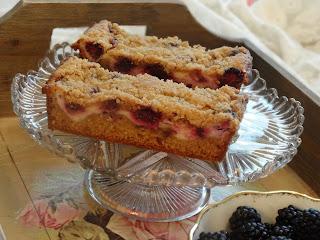 Blackberry Crumble Cake