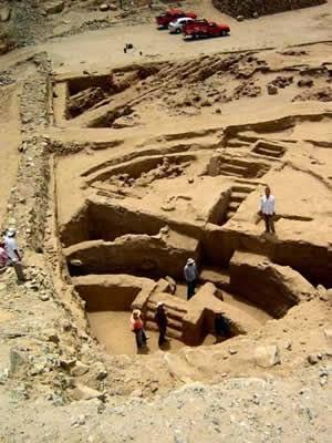 Sechin Bajo, Peru