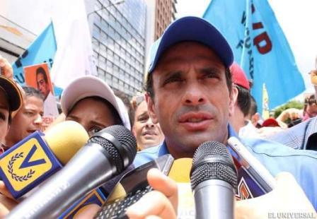 Capriles: El cambio no hay que sentarse a esperarlo, hay que buscarlo en la calle