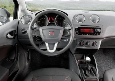 Interior cars 2012 seat ibiza st for Interieur seat ibiza cupra
