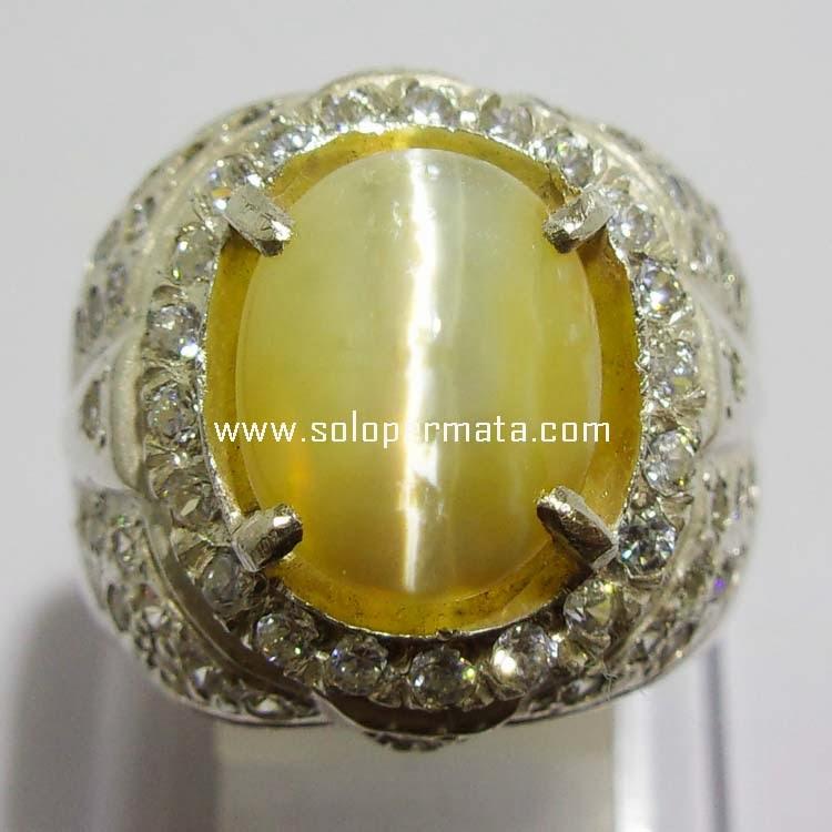 Batu Permata Opal Cat Eye - kode 17L04