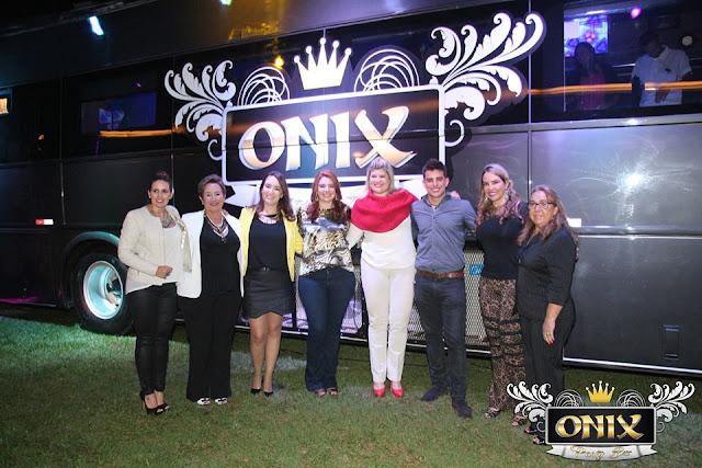 onix party bus, em ribeirão acontece, eventos em ribeirão e região, balada sobre rodas, motorhome, ônibus boate, balada, baladas em ribeirão preto, blog camila andrade, blog de moda em ribeirão preto, fashion blogger em ribeirão preto