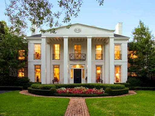 Southern Colonial House Style