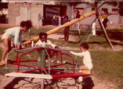 Da minha infância, detenho a  boa sorte, o sorriso, e a felicidade que me acompanha desde sempre!!