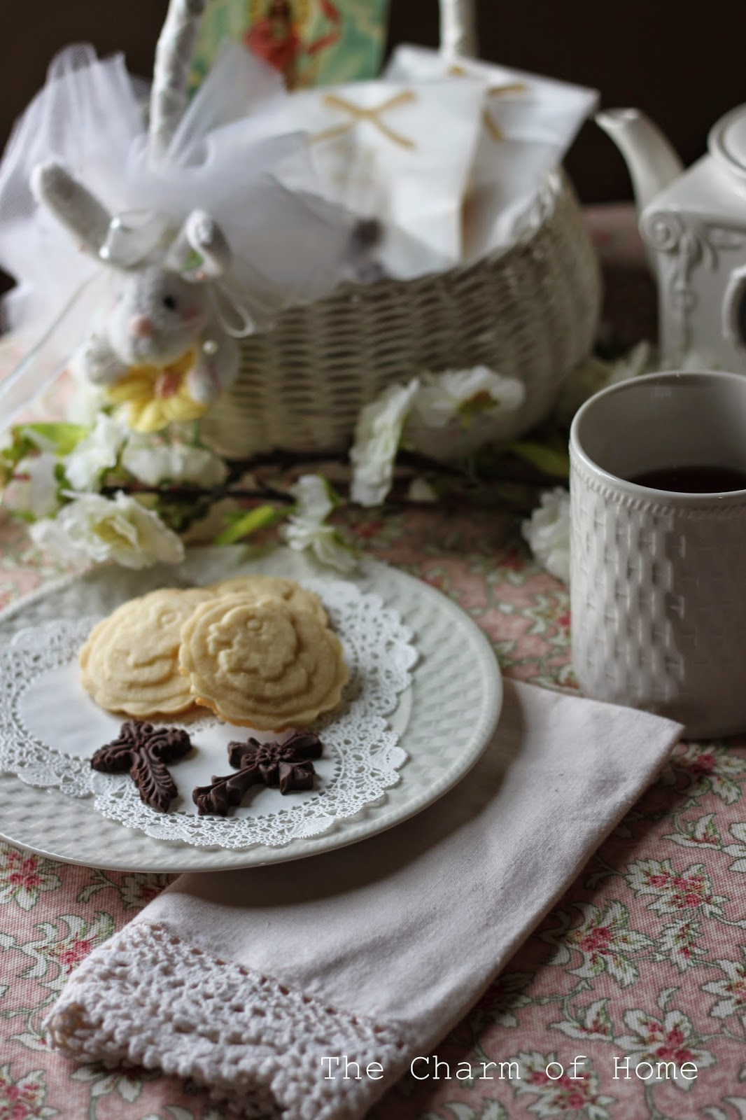 Easter Tea: The Charm of Home