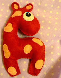 żyrafa z filcu