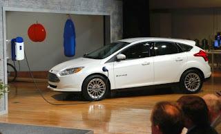 http://hipertextual.com/2015/02/precio-coches-electricos-decada