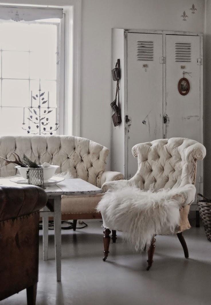 decoracion salon nordico con taquilla vintage