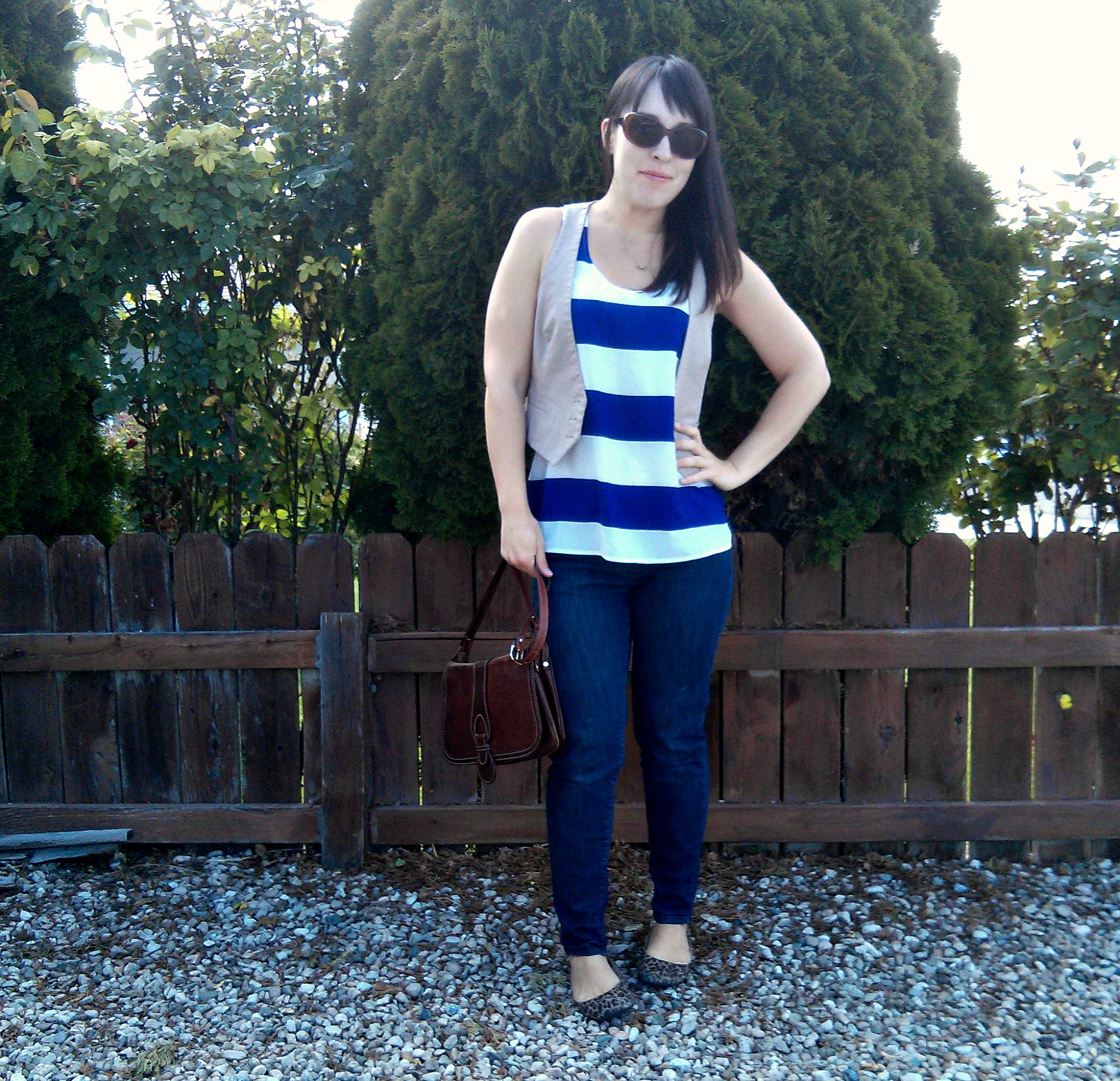 how to wear stripes and leopard together