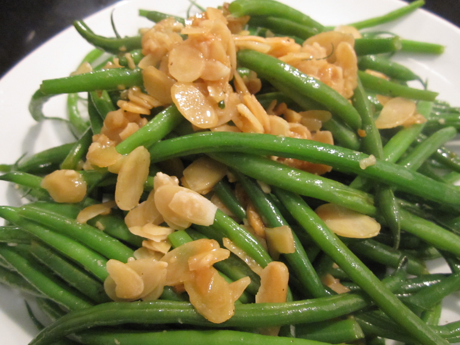 Sophie in the Kitchen: Garlicky French Green Beans with ...