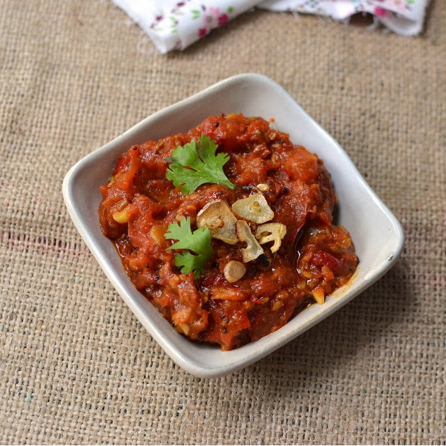 Nepali Tomato Chutney (Tomato Achar)