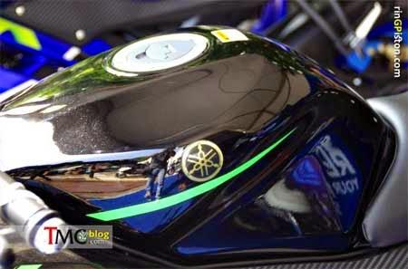 desain yamaha r15 terbaru corak motoGP