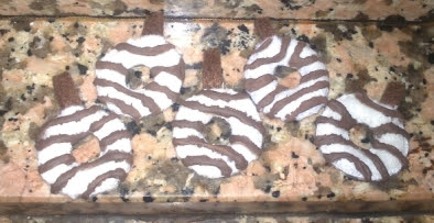 DIY fieltro: donettes blancos rallados de chocolate