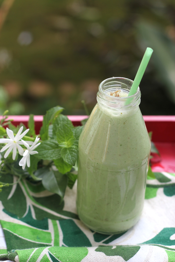 green smoothie, spinach smoothie, breakfast smoothie, smoothie recipe, green smoothie recipe, smoothie recipes