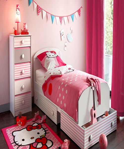 Idee d co chambre fille d coration enfant hello kitty for Modele de decoration de chambre a coucher