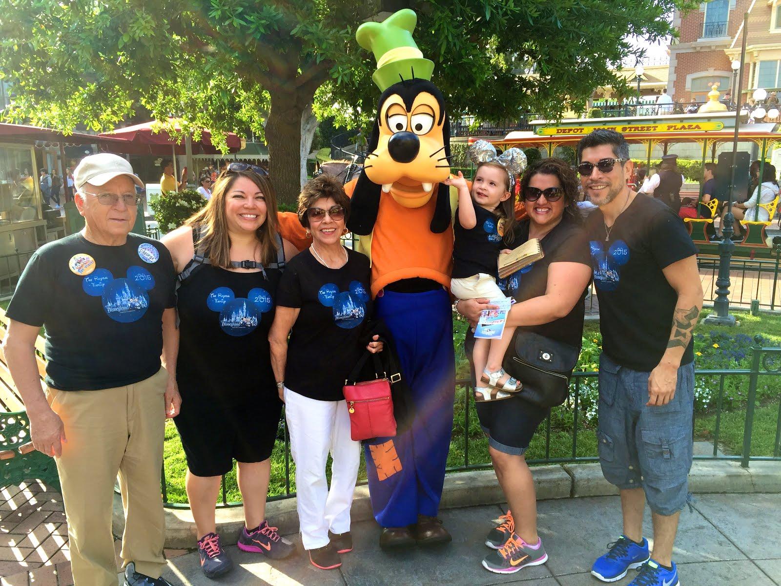Anaheim, CA {Disneyland!} | 2015
