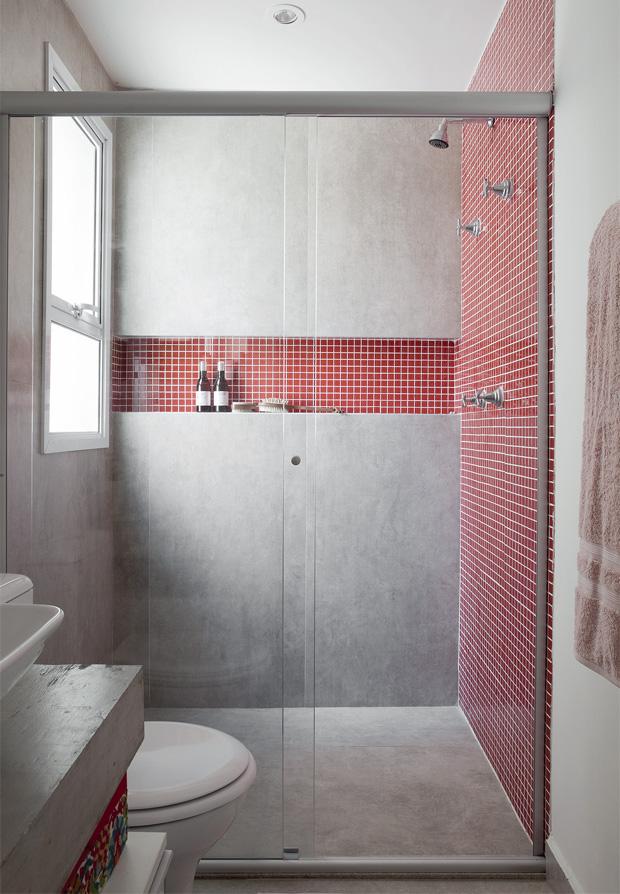 Coisas de Lélia Banheiro Menino pastilha vermelha, branca e incolor -> Nicho Vermelho Banheiro