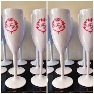 Taças de acrilico personalizadas para casamento